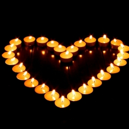 heart-shaped-candles-wallpapers_10238_1280x1024